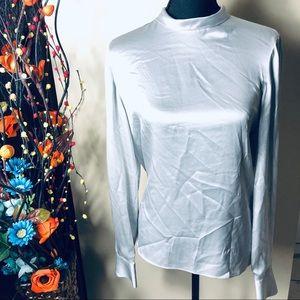 🆕 NWOT Vince Women's silk Turtleneck Blouse